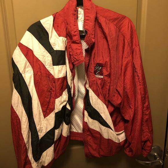 8bb6801e1e8 Men s Vintage Alabama Windbreaker. M 5bfcffc29519963e0177d487